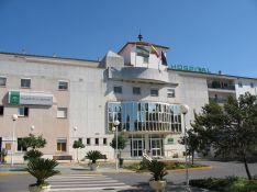 Entrada principal del Hospital General Básico de la Serranía. // CharryTV