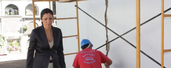 El Ayuntamiento realiza obras de mejora en las instalaciones del Cementerio de San Lorenzo, La actuación cuenta con una inversión de 30.000 euros, 04 Oct 2012 - 20:00