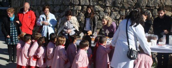 Una fiesta para los sentidos en el Colegio Juan de la Rosa, El centro educativo celebra su desayuno de otoño anual con los alumnos de Educación Infantil y sus padres, 13 Nov 2012 - 19:13