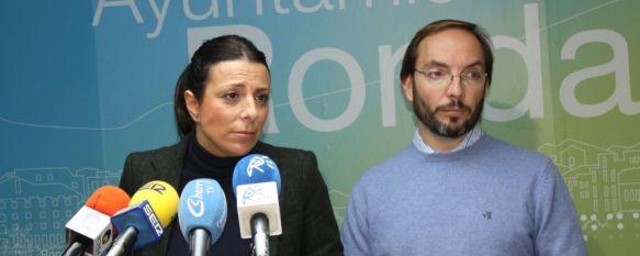Fernández afirma que Ronda cuenta con recursos propios para suministrar agua a Los Merinos, La alcaldesa afirma que la anulación del proyecto de Los Merinos Norte