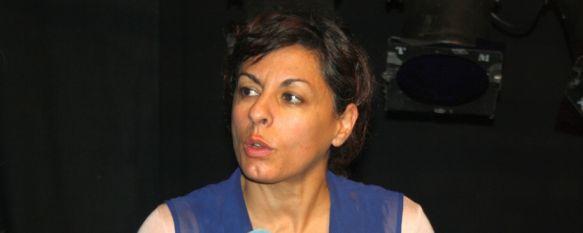 Pez en Raya interpreta en Ronda la divertida comedia Llorar por Llorar, Joan Estrader y Cristina Medina hicieron disfrutar al escaso público que se dio cita en el Teatro Espinel, 26 Nov 2012 - 21:04