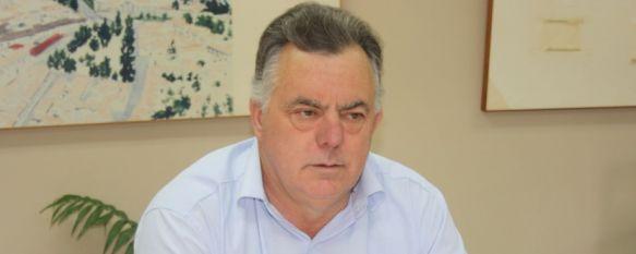 Manuel López presenta su dimisión como concejal del Ayuntamiento de Ronda, Según el Consistorio, la decisión se debe a motivos personales. No se ha hecho oficial quién le sustituirá en el cargo, 28 Nov 2012 - 20:14