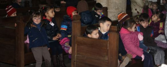 Alumnos de Infantil del Colegio Virgen de la Paz visitan el Ayuntamiento, El centro está desarrollando durante estos días una serie de actos con motivo del Día de la Constitución, 04 Dec 2012 - 14:41