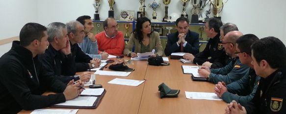 La Junta Local de Seguridad se reúne para diseñar el operativo especial de las fiestas navideñas, El encuentro estuvo presidido por el secretario general de la Subdelegación del Gobierno, Carlos Abreu, 14 Dec 2012 - 21:55