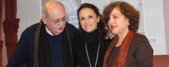 Francisca Gata recoge el premio del XIII Certamen de Poesía Ciudad de Ronda, En la edición de este año han participado 205 obras, algunas de ellas llegadas desde fuera del territorio nacional, 17 Dec 2012 - 09:04