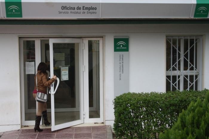 El mes de diciembre deja 152 desempleados menos en ronda for Oficina de empleo andalucia