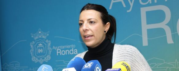 El Ayuntamiento iniciará movilizaciones para reclamar a la Junta que termine los accesos , La alcaldesa considera que