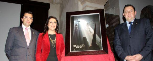 Presentan el cartel de la Semana Santa 2013, La imagen ha sido realizada por Jesús López y Ana Belén Cabrera, 01 Feb 2013 - 19:27
