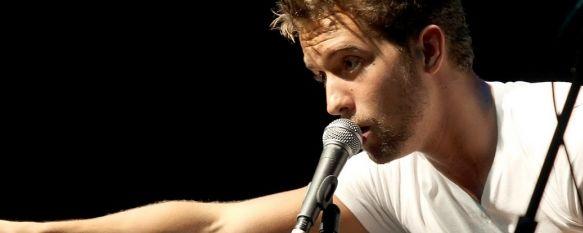 El cantante malagueño, en una de sus últimas actuaciones.  // Daniel Pérez TC