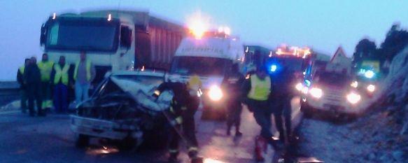 Un hombre resulta herido tras una colisión en la Carretera de San Pedro de Alcántara, En el siniestro, que tenía lugar a las 7:25 de la mañana, intervinieron un turismo y una furgoneta. , 28 Mar 2011 - 14:04