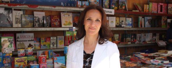 La Plaza del Socorro acogerá hasta el día 28 la Feria del Libro, Ayer dieron inicio las actividades paralelas con el pregón que ofreció el poeta y escritor malagueño Álvaro García, ganador del Premio Loewe en 2011, 19 Apr 2013 - 20:04