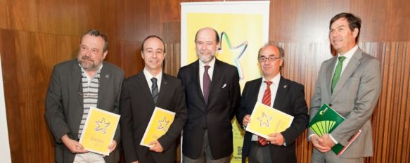 Arranca la décima segunda edición de los Cursos de Verano de la UMA en Ronda, El secretario de Estado de Defensa ha sido uno de los ponentes del curso