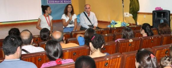 Clausuran el programa de escuela de verano desarrollado en el Colegio Virgen de la Cabeza, La iniciativa ha cubierto las necesidades socioeducativas de 60 niños de las barriadas de La Dehesa y El Fuerte, 30 Aug 2013 - 18:14