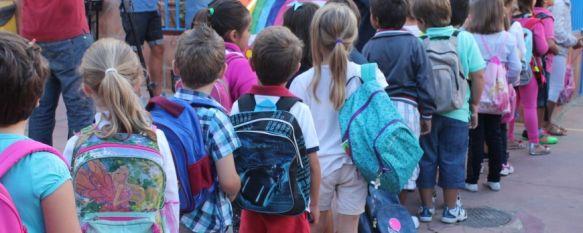 Comienza el curso en Ronda para 3.000 alumnos y 150 docentes de Educación Infantil y Primaria, Durante los meses de verano se han realizado tareas de arreglo y acondicionamiento en algunos centros con un presupuesto de 33.000 euros, 10 Sep 2013 - 18:26