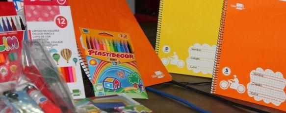 Un total de 130 niños de Ronda recibirán un lote de material escolar gratuito, La Diputación de Málaga y 'La Caixa' han sido las entidades encargadas de poner en marcha esta iniciativa, 16 Sep 2013 - 16:25