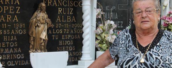 El Cementerio de San Lorenzo, víctima de los ladrones de cobre, María López afirma estar