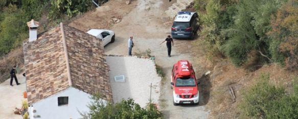 Hallan un cadáver en avanzado estado de descomposición en las cornisas del Tajo, La Policía Científica realiza las pruebas pertinentes para determinar la identidad del cuerpo, 24 Oct 2013 - 20:11