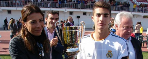 El Juvenil C del Real Madrid conquista el I Memorial Ángel Harillo ante una selección local, Curro Harillo regresó a casa para medirse a sus ex compañeros en un emotivo choque que congregó a unos 1.500 espectadores, 18 Nov 2013 - 20:46