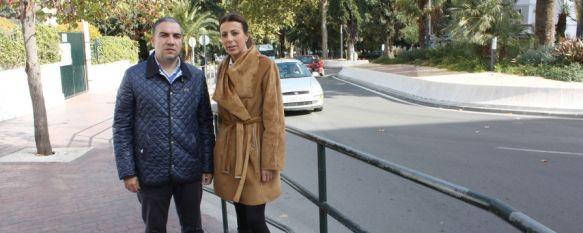 El Ayuntamiento ampliará el trazado de la nueva rotonda de la avenida de Málaga, Esta mañana se han inaugurado los trabajos de remodelación de la principal vía de la ciudad que han contado con una inversión de casi 523.000 euros, 27 Nov 2013 - 16:57