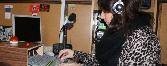 Una emisora escolar abre sus micrófonos a colectivos, asociaciones y particulares, El IES Pérez de Guzmán cuenta desde hace años con una radio que se sintoniza en el 105.3 de FM, 09 Jan 2014 - 18:11