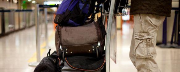 Cada vez son más los jóvenes que optan por marcharse a otro país en busca de un trabajo. // El Huffington Post.