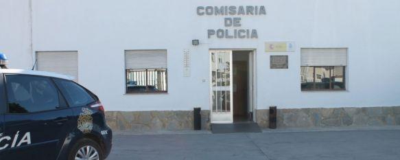En la UCI tras recibir un corte en el cuello con un vaso roto, La Policía Nacional ha detenido a un vecino de Ronda, de 34 años, como presunto autor de un delito de tentativa de homicidio, 31 Mar 2014 - 17:15