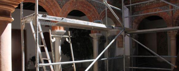 Rehabilitan el Palacio de Mondragón con una inversión de 60.000 euros de Diputación, Los trabajos se centran principalmente en la reparación de la cubierta del histórico inmueble, 08 Apr 2014 - 18:52