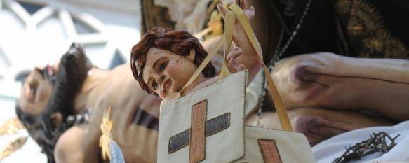 Detalle del trono de Nuestra Señora de las Angustias.  // CharryTV