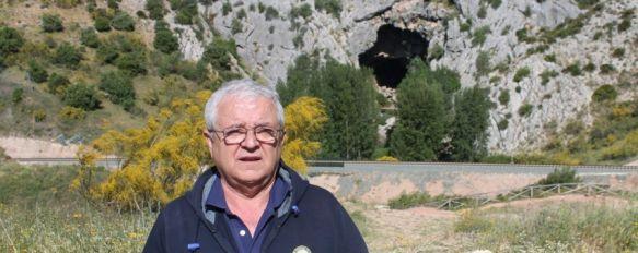 Crean una plataforma para reclamar el arreglo del puente de acceso a la Cueva del Gato, Entre las medidas previstas están la recogida de firmas y una concentración reivindicativa el 6 de julio , 19 May 2014 - 10:59