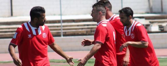 El Sevilla F.C. se proclama en Ronda campeón de la Zona Sur de la Liga FEAFV, Los sevillistas derrotaron a Balona y Málaga C.F. en un triangular a beneficio de la Asociación Rondeña de Alzheimer (AROAL), 19 May 2014 - 10:59