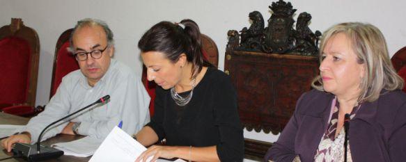 Los 104 rondeños contratados dentro del Programa Emple@ Joven ejecutarán ocho proyectos, El plan cuenta con un presupuesto cercano a los 900.000 euros y está destinado a menores de 30 años, 30 Oct 2014 - 19:55