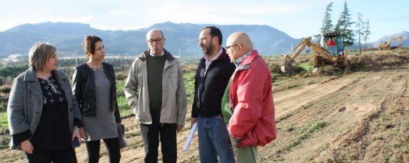 El Ayuntamiento no tendrá que ejecutar el aval de la promotora de la Cruz de San Jorge, La empresa constructora destinará 350.000 euros al acondicionamiento y mejora de zonas verdes y recreativas, 24 Nov 2014 - 17:01
