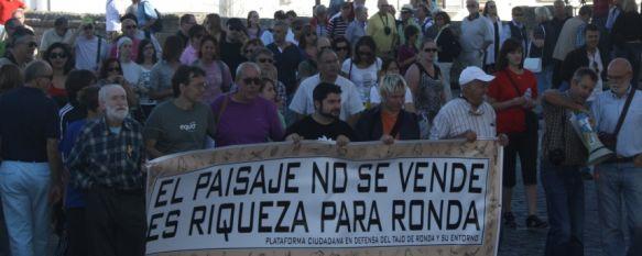 Marcha reivindicativa contra la urbanización en las cornisas del Tajo, La familia Sánchez Robles tiene previsto construir una urbanización de lujo en la Casa Rúa. , 09 Oct 2011 - 16:14