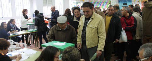Primer avance Elecciones Andaluzas: La participación crece en tres puntos respecto a 2012, La jornada electoral se desarrolla sin incidentes en las 41 mesas electorales de la ciudad, 22 Mar 2015 - 14:30