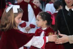 El romero y las saetas son dos de las peculiaridades de la Hermandad de Los Gitanos. // CharryTV