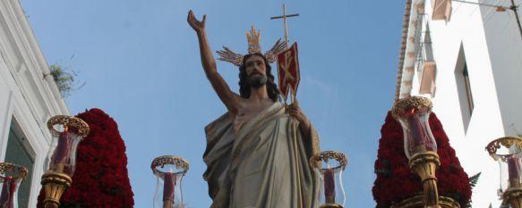 Las calles de Ronda son testigo de la Resurrección de Cristo en el colofón de la Semana Mayor, Nuestra Señora de Loreto, Patrona de la Aviación, ha sido portada por primera vez por costaleras, 05 Apr 2015 - 12:18