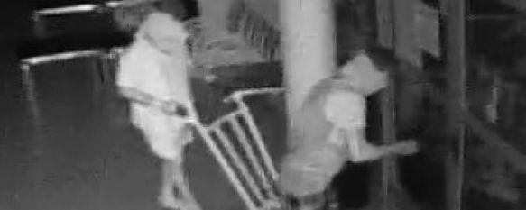 Dos detenidos como presuntos autores de ocho robos en establecimientos de la Serranía, Se les atribuye dos delitos por robo o hurto de vehículos a motor, según la Guardia Civil, 17 Aug 2015 - 17:31