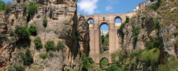 Ronda se cuela en la lista de los mejores destinos del mundo para viajar en 2016 de Trivago, Solo cuatro ciudades españolas han sido elegidas por los usuarios de la web, que recibe 75 millones de visitas al mes, 29 Sep 2015 - 19:25
