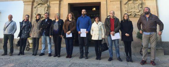 Teresa Valdenebro será la nueva alcaldesa de Ronda a partir del 16 de marzo, Los representantes de PSOE, Andalucistas e Izquierda Unida han registrado esta mañana la moción de censura al Partido Popular , 04 Mar 2016 - 17:19