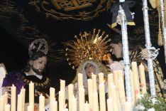 Nuestra Señora de la Soledad, consolada por San Juan Evangelista y María Magdalena // CharryTV