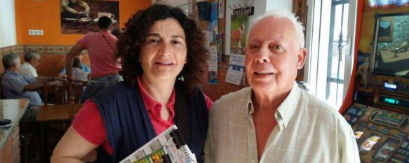 Patrocinio Lobato junto a Antonio Moncayo, uno de los agraciados // CharryTV
