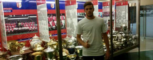El rondeño Curro Harillo se incorpora al Sporting de Braga portugués , El guardameta entrenará con el primer equipo y firma por una temporada, más cuatro opcionales, 29 Aug 2016 - 20:05