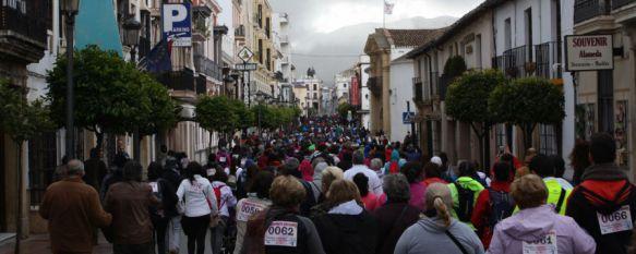 Más de mil personas se unen en apoyo a los enfermos con cáncer, Se ha llevado a cabo la IV Caminata de AYUCA con el objetivo de recaudar fondos para seguir prestando ayuda a pacientes y familiares, 05 Feb 2017 - 12:13