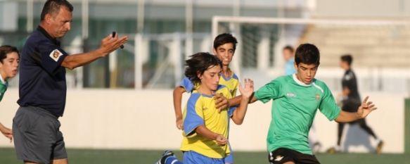 El Ronda U.D. infantil consigue un meritorio empate ante el Real Betis, El equipo de Andrés Molina disputó en la tarde de ayer un amistoso en la Ciudad Deportiva Luis del Sol, 19 Oct 2011 - 09:13