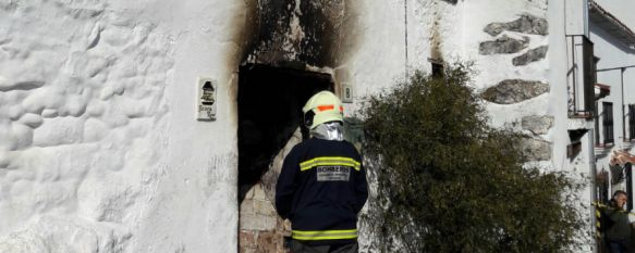 Foto del incendio registrado en Benadalid. // Cuerpo Provincial Bomberos.