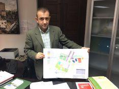 Francisco Márquez ha presentado los detalles del hotel // CharryTV