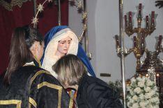 Besamanos de la Virgen de los Dolores. // CharryTV