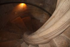 A las cubiertas se accede a través de una escalera de caracol que data de 1675 // CharryTV
