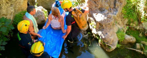 Rescatan a una turista que sufrió una caída mientras se bañaba en las pozas del Guadalevín, La mujer, de 53 años de edad y de nacionalidad portuguesa,…, 09 Aug 2017 - 16:51