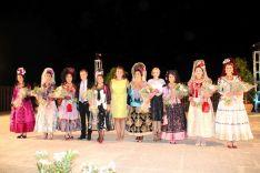 Las Damas Goyescas y su presidenta, tras la imposición de medallas  // CharryTV